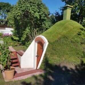 Maakelder ja aiamaja Tallinnas